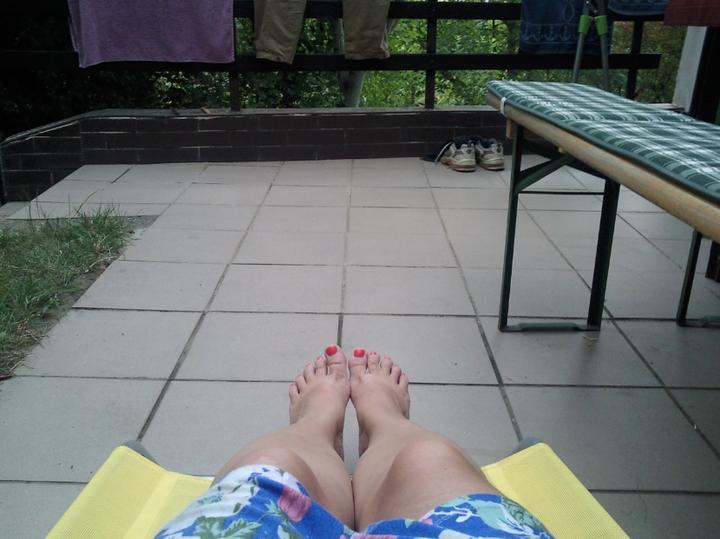 Príbeh našej záhrady/chatky, príp. čo sa mi páči - takto som si večer oddychovala :-D