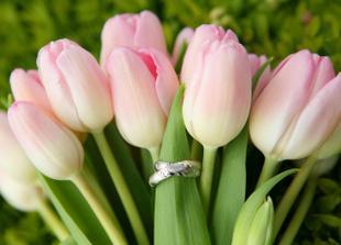 Moje kytí a naše prstýnky.