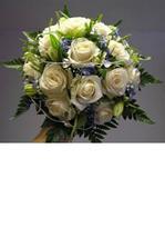 Tento tvar v kombinaci bílých a oranžových růží