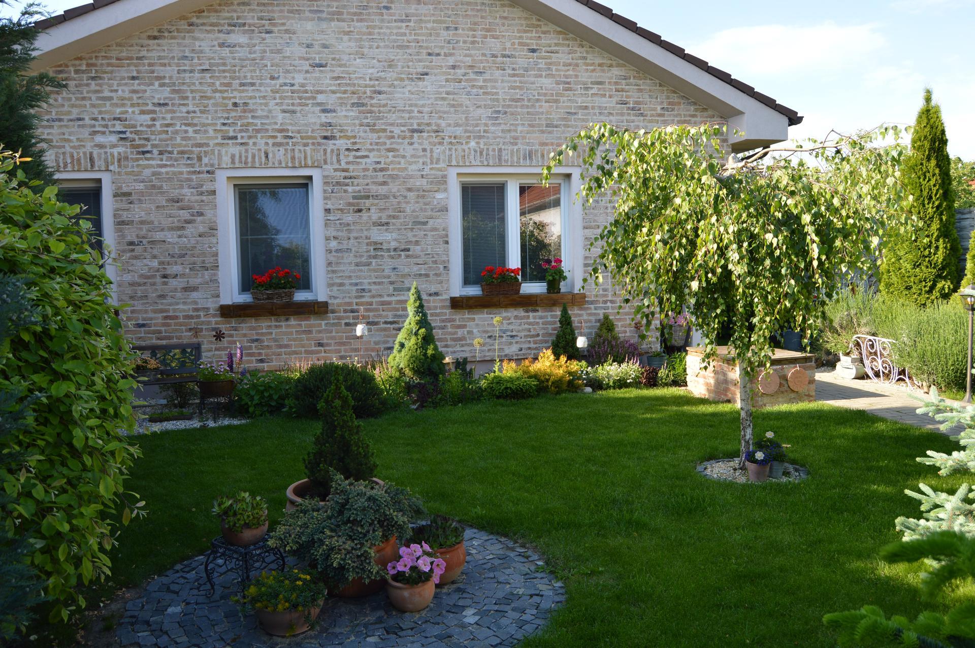 Záhrada a terasa 2021 - Obrázok č. 27
