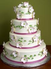 už objednaná svadobná torta, len stužky budú bordové a kvietky tiež jemne bordové..teším sa