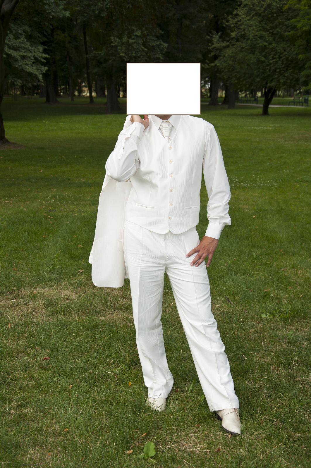 Lesklý svadobný oblek- krémová farba - Obrázok č. 2
