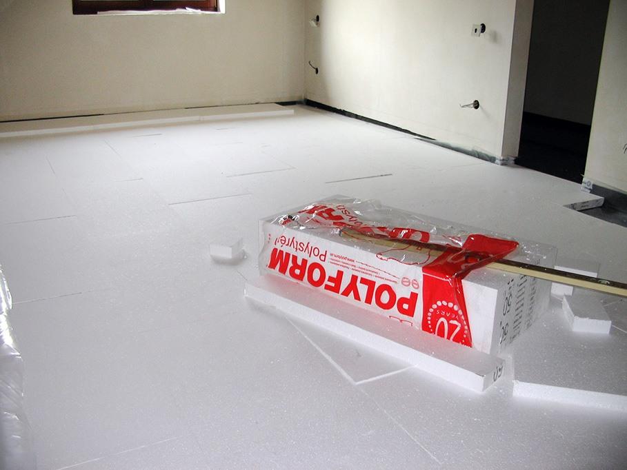 Pokládka polystyrénu pod podlahové kúrenie - Obrázok č. 6