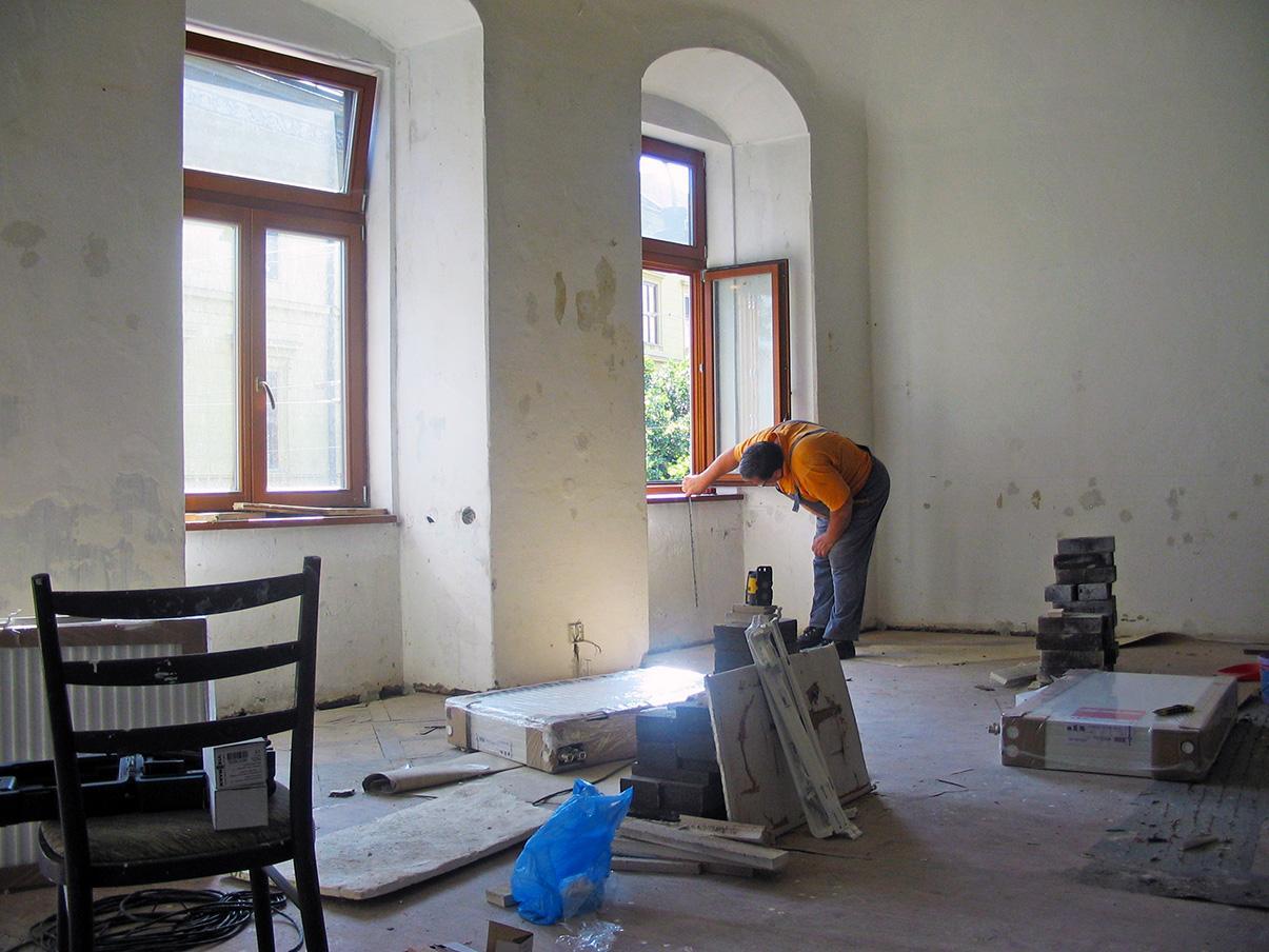 Rekonštrukcia kúrenia v historickej budove - Odteraz tu budú kúriť radiátory