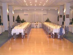 Tak tu budeme mať svadobnú hostinu.