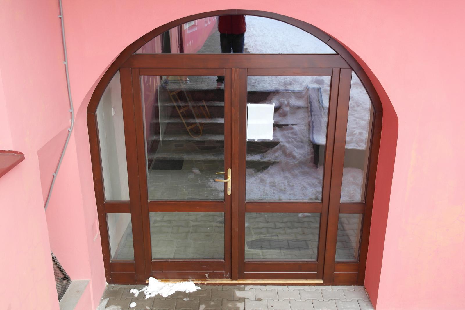 Vchodové dvere - Obrázok č. 26