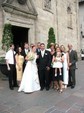 s manzelovou rodinou(skoda len ze nemam fotku so svojou rodinkou :((