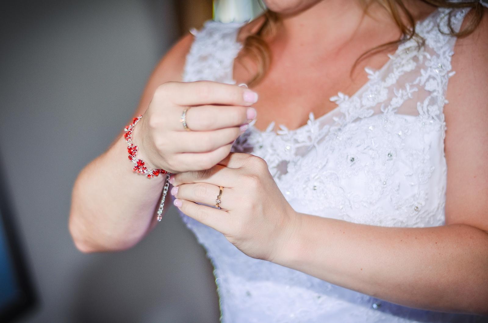 Svatební šaty vel. 40-44 - Obrázek č. 1