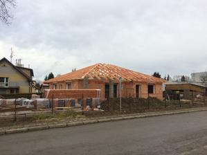 Prosinec 2017 - začínáme střechu
