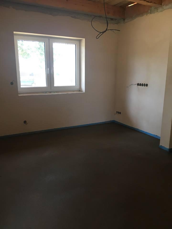 Stavíme si náš sen - červenec 2018 - zalité podlahy
