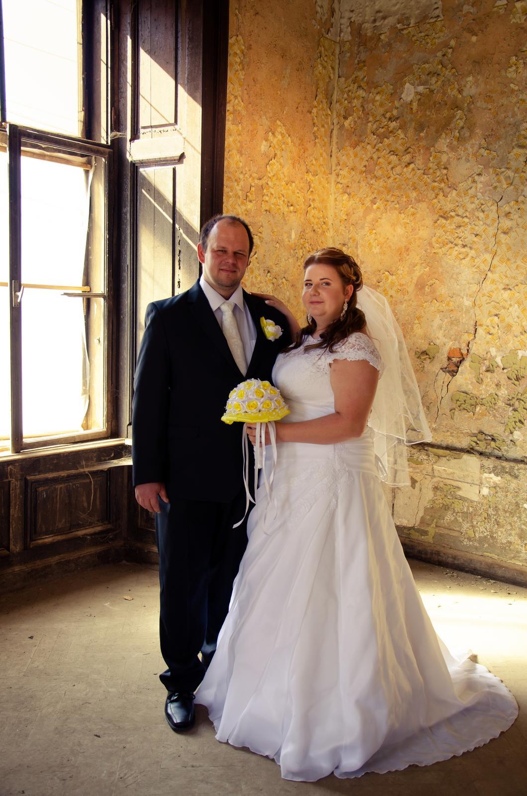 Svadobné šaty pre moletku 48-50-52 - Obrázok č. 2