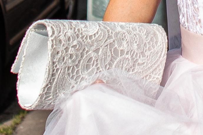 Bílá krajková kabelka - Obrázek č. 1