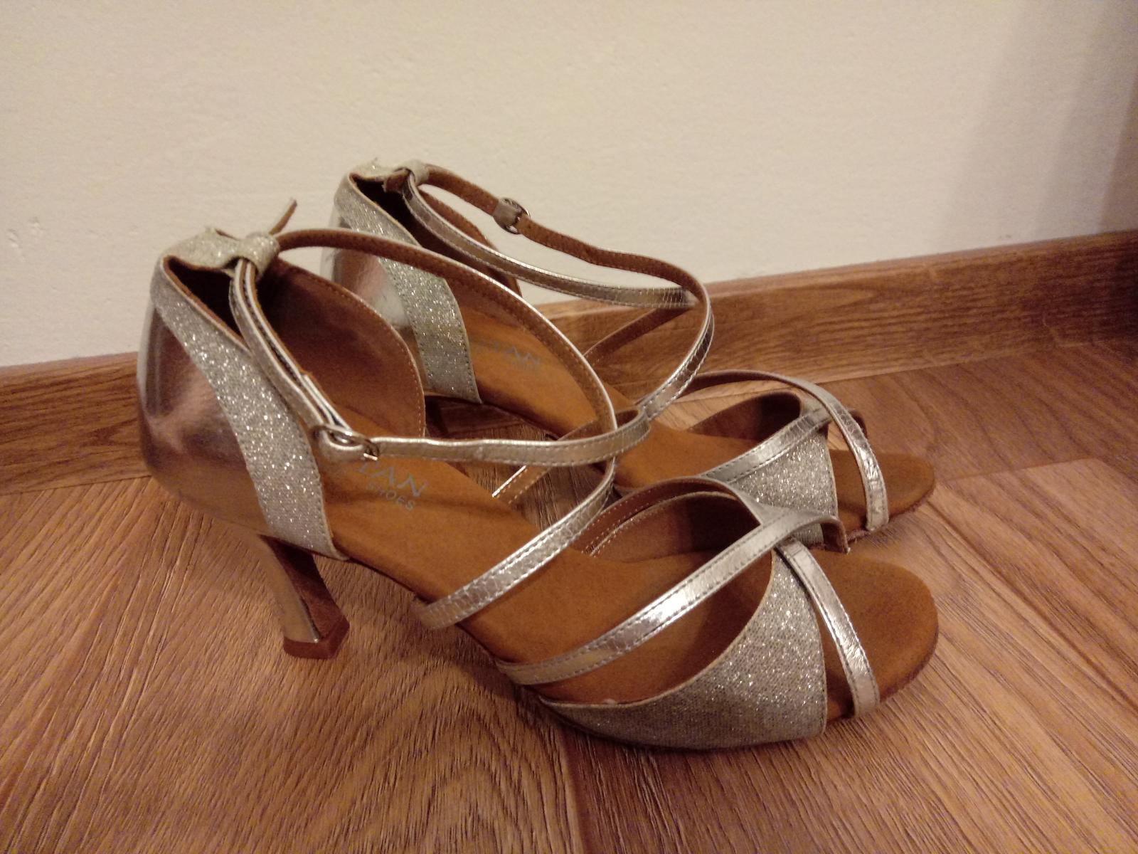 Tanečné topánky strieborné - Obrázok č. 1