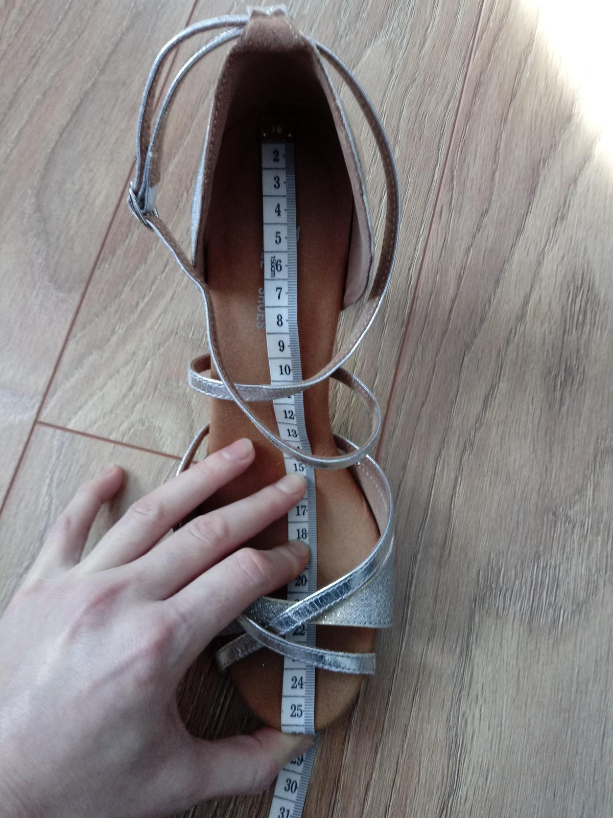 Tanečné topánky strieborné - Obrázok č. 2