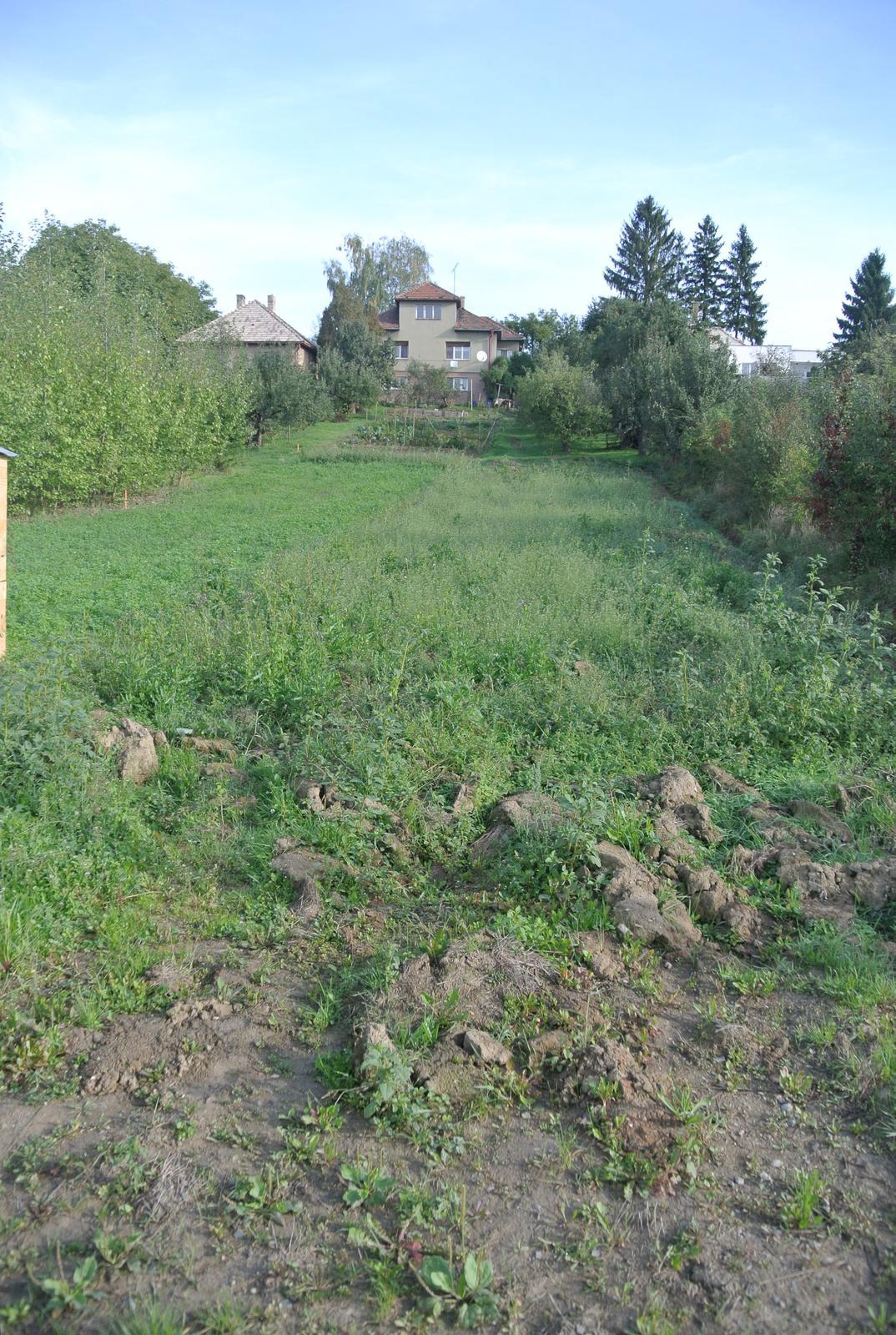 A bude domček ... - 27.9.2017 Posledná fotka pozemku v pôvodnom stave.