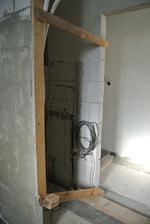 Do tohoto výklenku v kúpelni pôjde tepelné čerpadlo.