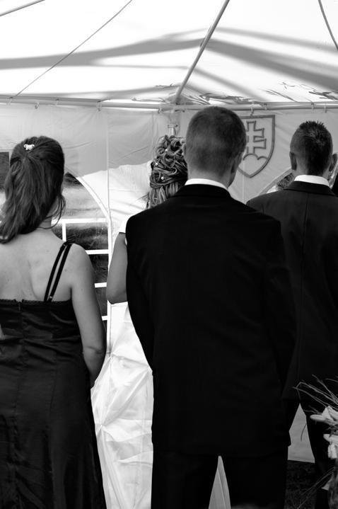 Zuzka{{_AND_}}Maťo - nasa krasna svadba vonku :-)