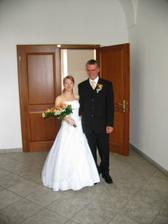 šťastní novomanželé Procházkovi