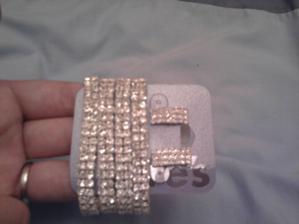 naušničky a náramok je už doma, náhrdelnik ešte čaka v obchode ;)