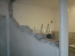 demolacne prace nam idu :)