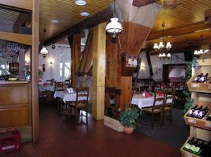 vnitřek restaurace