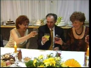 rodičia nevesty a mamičky ženícha (zľava doprava)