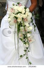 A takhle snad bude vypadat moje kytka. Ještě tam budou bílé frézie a ty orchideje budou taky celé bílé