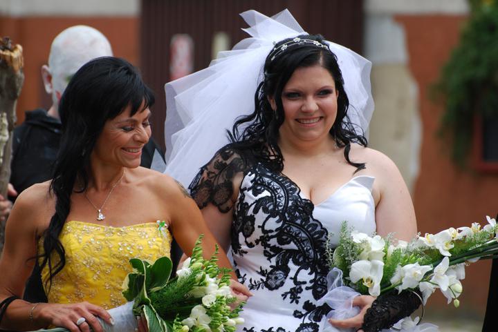 Hana Sun Kratochvílová{{_AND_}}Lukáš Čert Rajča - Šťastná maminka a ještě šťastnější nevěsta