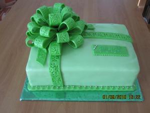 Svadobna torticka pre novomanzelov Rieckych :)