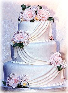 Moje sny o svadbe,inspiracia - tato torta nieje spatna :)