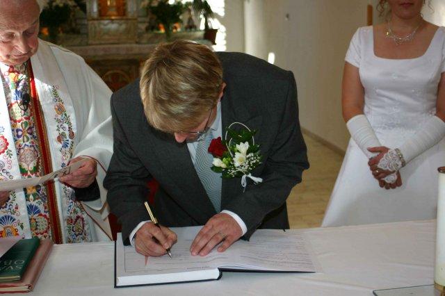 Jana{{_AND_}}Petr - a ženich taky (podepsat, ne že to spletl:-))