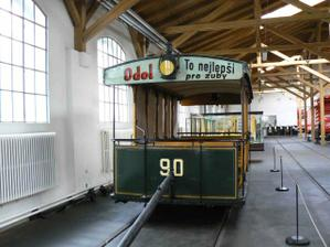 a tady už jsme po obídku v muzeu tramvají