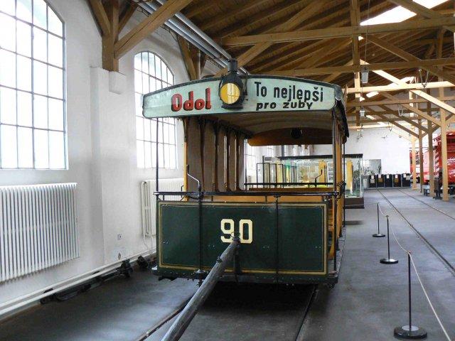 Sraz beremese 12. srpna 2006 - a tady už jsme po obídku v muzeu tramvají