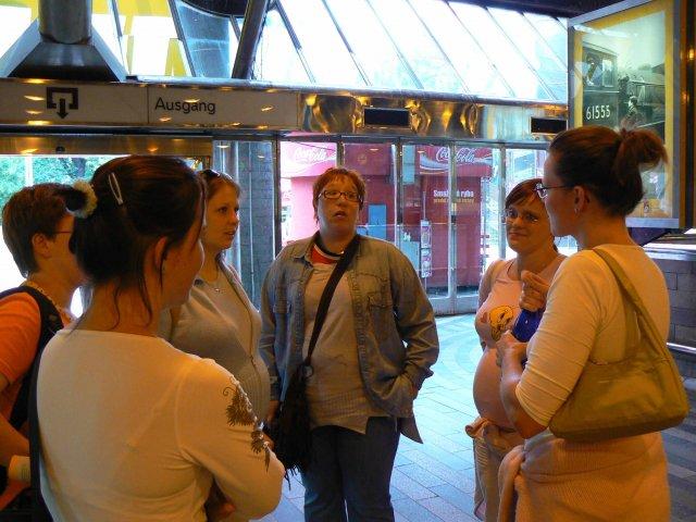 Sraz beremese 12. srpna 2006 - tady se loučíme s fialenkou, zády je heiley