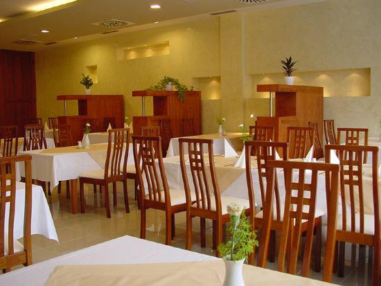 """Deň """"D"""" 25.08.2007 - hostina - hotel NOSTALGIA"""
