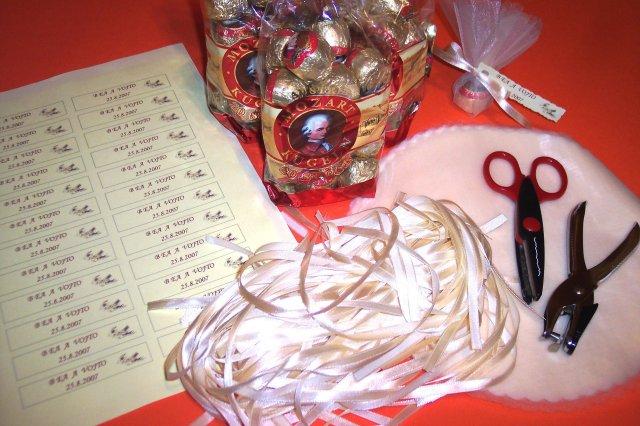 """Deň """"D"""" 25.08.2007 - materiál na darčeky..."""