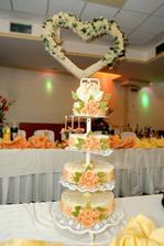 ...a takúto krásnu tortu mi nakoniec upiekol môj ujo (cukrár) :-)