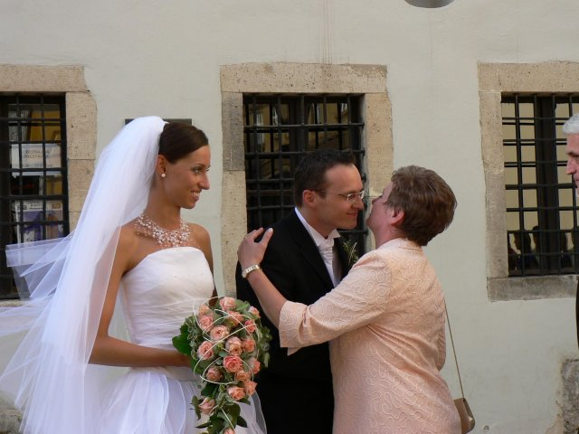 Erika Szarvasyová{{_AND_}}Janko Kováčik - prví gratulovali moji rodičia...
