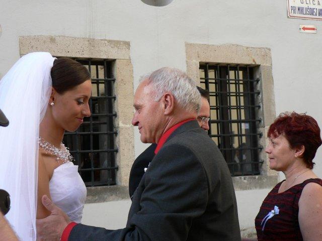 Erika Szarvasyová{{_AND_}}Janko Kováčik - ...hneď potom Jankovi...