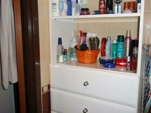 skrinky v kúpelne