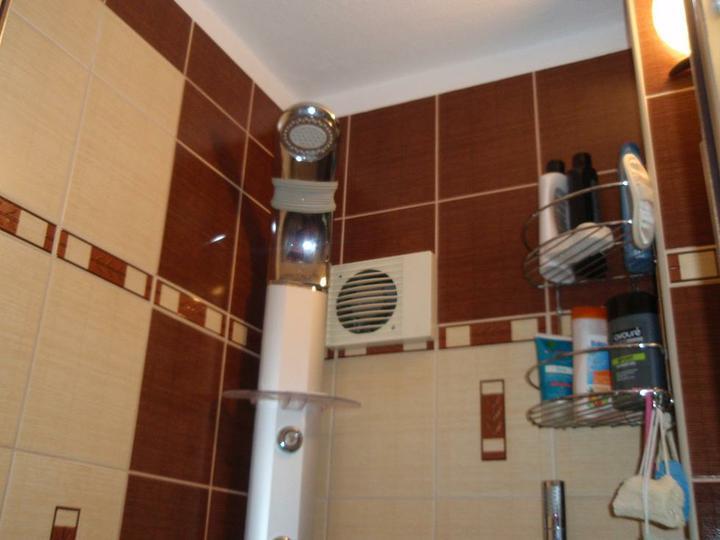 Chodba,kupelna - sprchovy kut