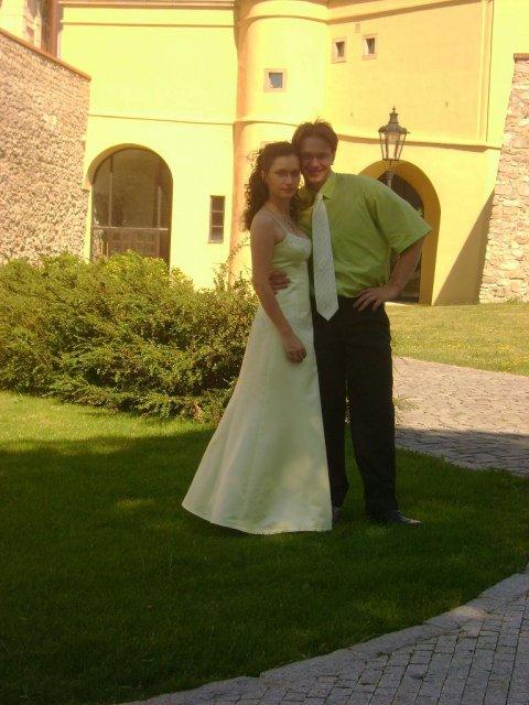 Mirko a Danielka - fotiť by sme sa chceli na hrade...