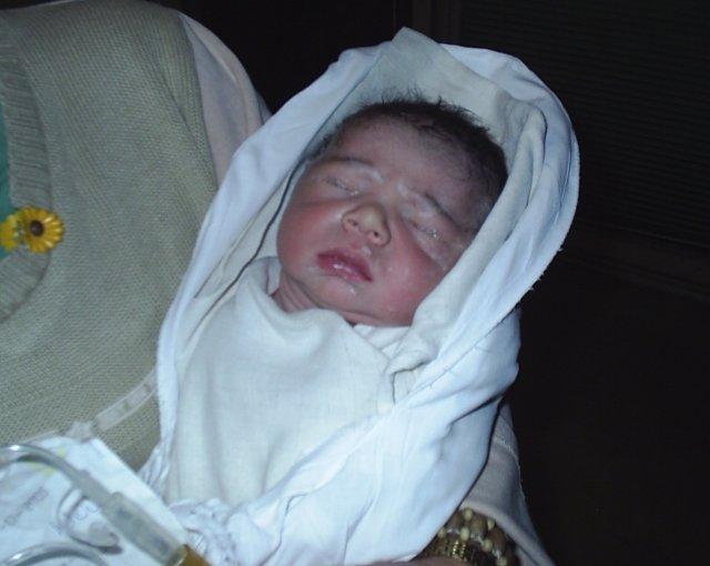 Gabika{{_AND_}}Palko - ...náš krásavec Palko tesne po narodení 17.9.2006
