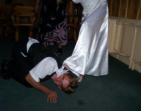 svatební noc si zasloužil