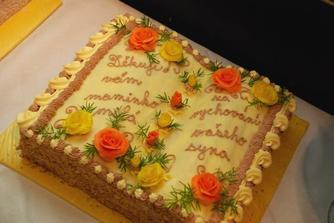 náš dortík pro manimku ženicha