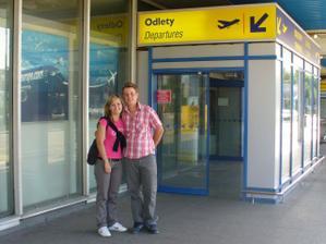 před odletem na naši svatební cestu do Španělska
