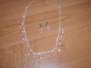 šperk na krk a naušnice