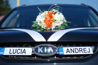autíčko pre novomanželov