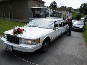 Vykoupení limuzíny a jede se na hostinu :o)