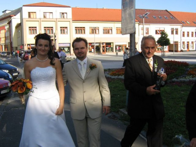 Alenka{{_AND_}}Radko - ide sa na hostinu